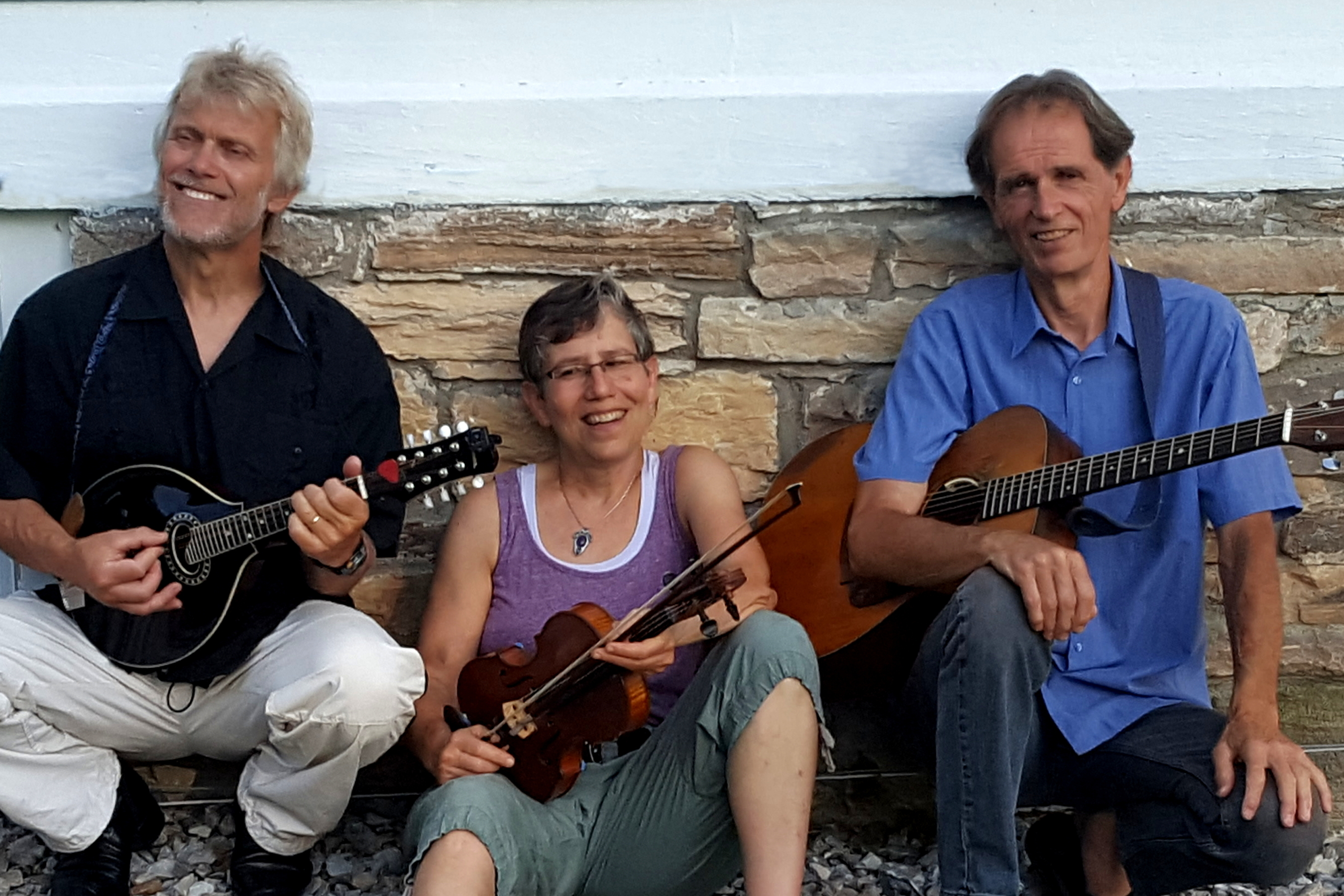 Atlantic Crossing: Vermont contra dance band